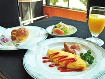 【朝食一例】サラダやオムレツでフレッシュに♪