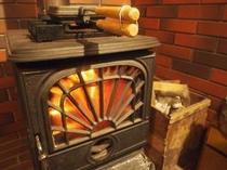 リビング 暖炉