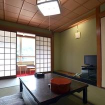 <山側>和室7.5帖〜10帖