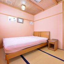 *特別室「愛ちゃん」/露天風呂(源泉掛け流し温泉)の付いた特別室です。