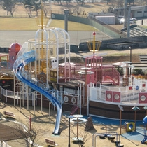 *<内灘町総合公園>海族船サンセット号(大型遊具)