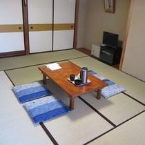 *【和室10畳】ご家族、グループで!畳の上でのんびりお寛ぎ下さい