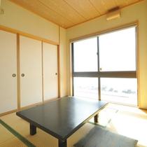【客室一例】お客様の人数によって部屋の広さを調整させていただきます