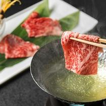 【会席一例】メイン料理は2つの都道府県の名物を食べ比べに(画像は秋メニュー)