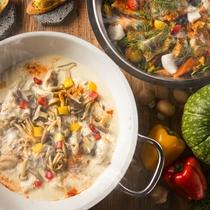 【夕食ブッフェ・12~2月】噴火産真鱈と根野菜のブイヤベースと、伊達鶏と地場野菜のフリカッセ。
