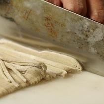 自家製富倉そば~蕎麦打ち歴約20年の女将が腕をふるいます~