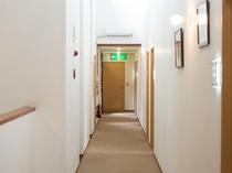 【階段・廊下】