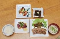夕食:スーチカハーブ焼き