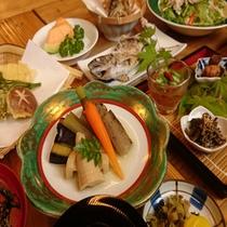 ★夏季★「山あい会席料理」季節によって内容がかわります。