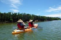 カヌー体験風景