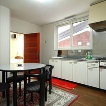 フォックスワンの和洋室はキッチン付きです
