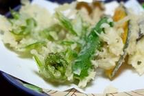 【夕食】揚げたてでご用意する天ぷら