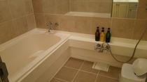浴室(メゾネットスイート)