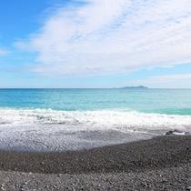 どこまでも続く青い海・・