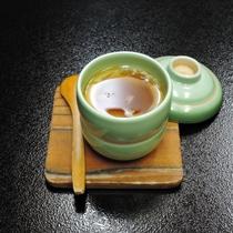 *【夕食】やさしい味つけの茶碗蒸し♪
