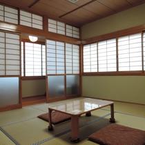 【お部屋】きりしま8畳~大きな窓があり開放感のあるお部屋です☆