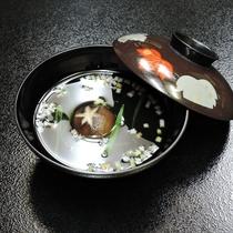 *【夕食】お吸い物は身も心もあたたまる、やさしいお味^^