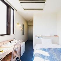 【シングル一例】日当たりの良いユニットバス付のお部屋