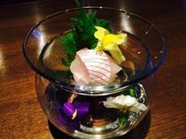 三島賀茂茄子と西伊豆栄螺の炊き合わせ桜海老餡掛け