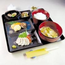 *【夕食一例】たちかま尽くしのたちかま膳♪極上の食感をお楽しみください