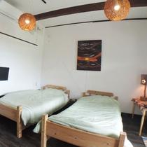 *我が家のようにお寛ぎいただけるゲストハウスらしいシンプルなお部屋です