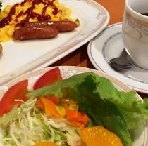 【朝食バイキング一例】