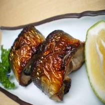 「夕食一例」秋刀魚の友肝焼き