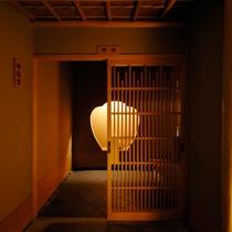 【明神】お部屋の入口