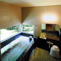 【明神】御影石の専用風呂でゆったり。