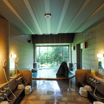 【女性風呂】開放感のあるお風呂
