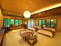 306号室 角部屋の和室14畳 和ベッドのお部屋