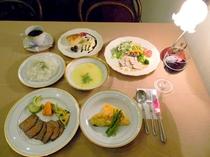 夕食(フルコース)