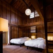【オナエ102室】蔵の名残を残す静かで心地よい空間