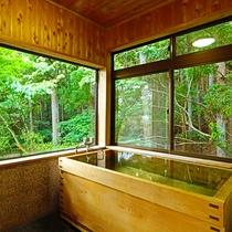 貸別荘にあるヒノキ風呂