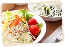 ヘルシ-な野菜サラダ♪♪
