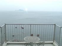 志布志湾を見渡せるテラス
