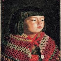 ウッドワン美術館新館では、岸田劉生《毛糸肩掛せる麗子肖像》を展示しています。