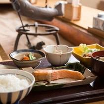 心をこめて富山のおいしい朝ごはんをお出ししています。