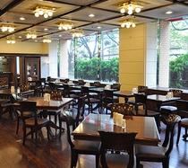 ●レストラン「アヴァンセ」