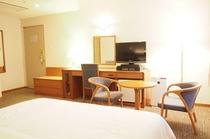 客室例 クイーンルーム