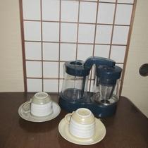 【ダイニング】コーヒーメーカーを完備