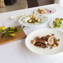 【夕食/一例】ディナーは、地産地消をテーマとした『宮古島フレンチ』を余すことなくご堪能ください