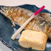 *【夕食メニュー一例】