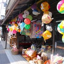 篠山のレトロなお菓子や雑貨を販売しているお店