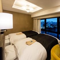 デラックスツインルーム(広さ22㎡/ベッド幅122cm×2台)