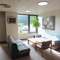 *【寛ぎ処】4.5.6階の広間に寛ぎスペース。ご自由にどうぞ!