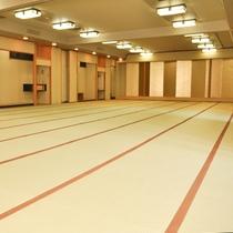 *【大広間/仙荘飯店】音響設備も完備!最大120畳の大宴会場にもなります