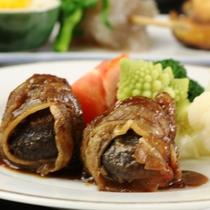 夕食_自家製シイタケの牛肉まき