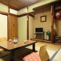 離れ (5)当館の宿泊棟は、昔ながらの平屋建。
