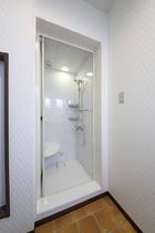 女性専用 5階 シャワールーム シャンプーリンス・石鹸は備え付けてません